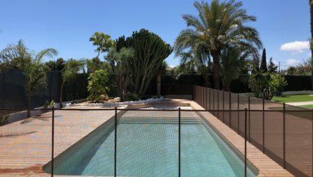 ¿Cuándo es el mejor momento para instalar una valla de seguridad de piscina en Sant Cugat?